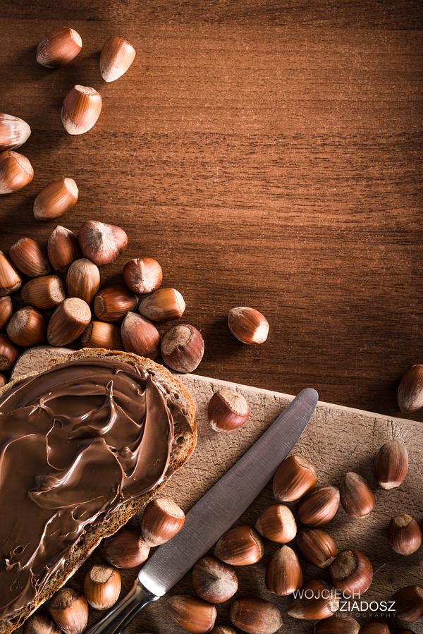 Fotografia reklamowa_Fotografia produktowa_Kromka z czekolada 2
