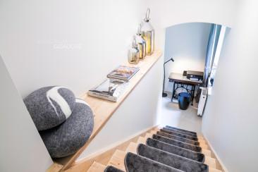 Dom Karpacz Fotografia wnetrz - schody