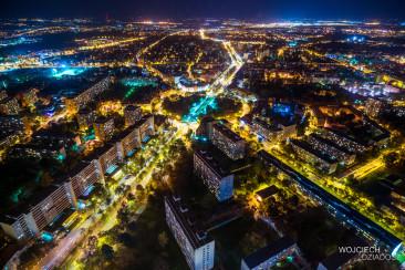 Wrocław nocą - lot ptaka.