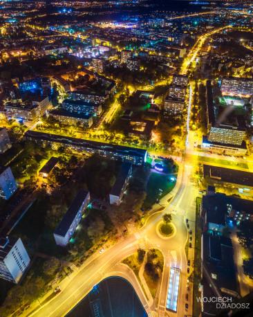 Wrocław nocą - zdjęcie z dużej wysokości.