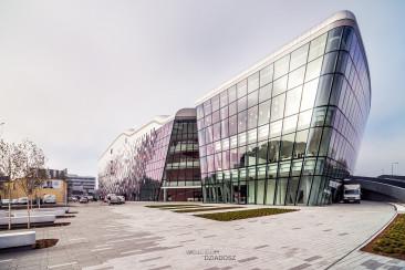 ICE w Krakowie. Fotografia architektury budynku.